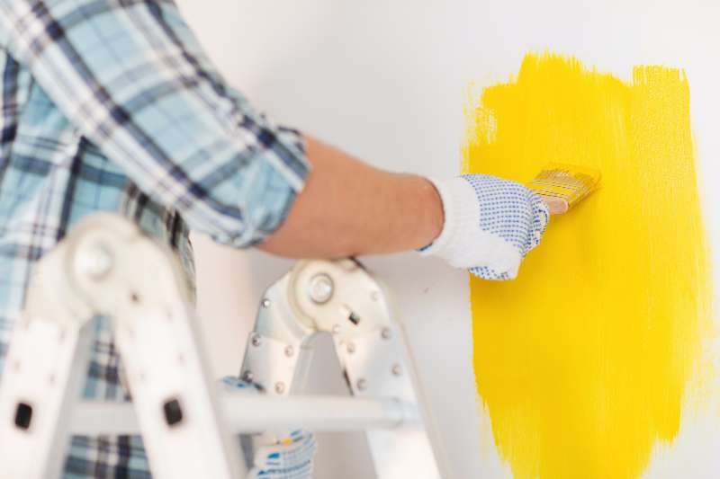 6 Benefits Of Using A Local Painting Contractor