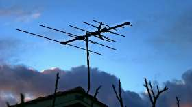 What should you look for in an outdoor antenna?