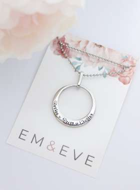EM AND EVE PERSONALISED GIFTS - ONLINE