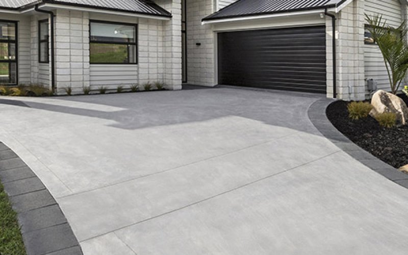 Top Tips on How to Clean Your Concrete Floor