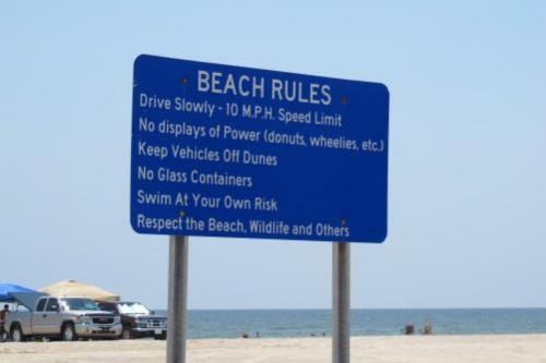 10 Rules You Should Follow At The Beach