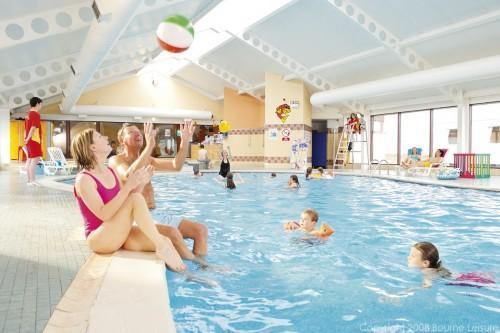 Promote Safety in Swimming Pools with These Tips