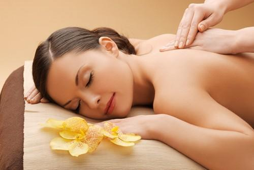 Healing With Natural Therapies: Improving Your Health With Aromatherapy