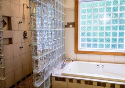 How to Choose the Best Shower Tiles for Your Bathroom