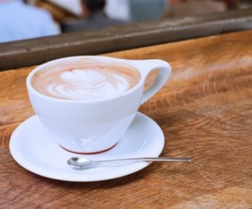 Coffee Shop Etiquette: Top 4 Things To Know