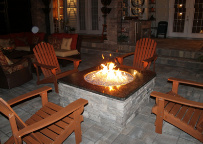 Keep Warm: Choose From These Outdoor Heating Options