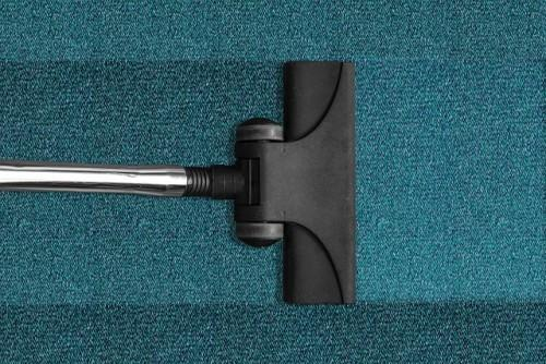 Signs That Your Carpet Needs to Be Professionally Cleaned