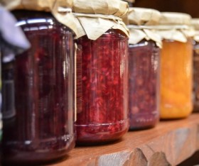 Homemade Fruit Jams and Jellies: A How-To Guide