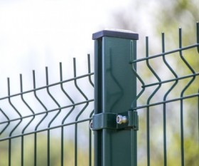 Aluminium or Steel: What's Right for Your Fence?