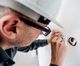 Warran Electrical - Domestic and Commercial Electrician