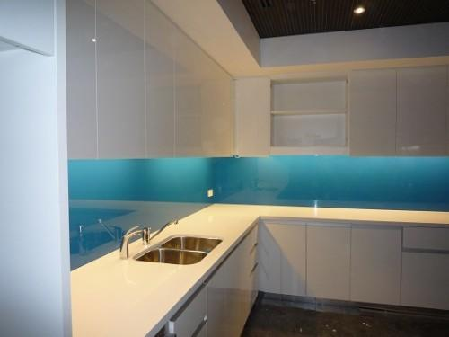 Benefits of Glass Splashbacks for Kitchens