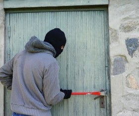 How to Prevent a Burglar to your home