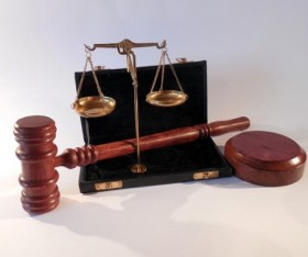The Difference Between an Arbitrator and Trial Court
